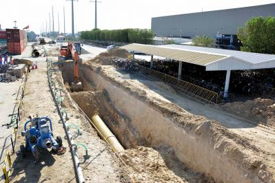 Laying of 900mm-GRE Water Transmission P[...]